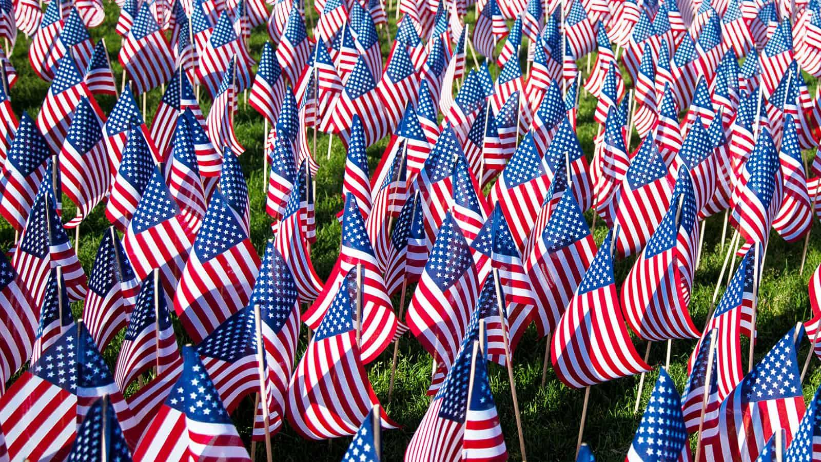 memorial-day-flags